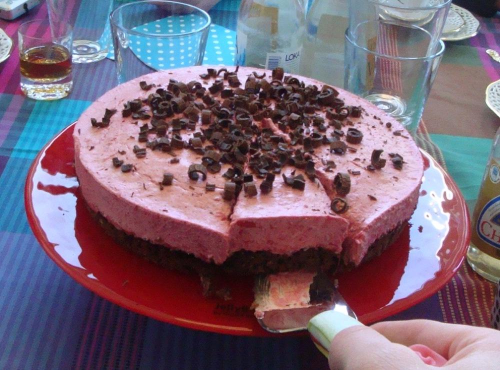 Hallonmoussetårta med choklad och kokos (3/3)